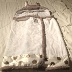 Baby towel with hoodie